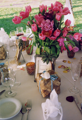 pink and purple table flowers