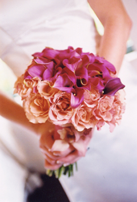 bouquet purple mini calla lilies and congo roses