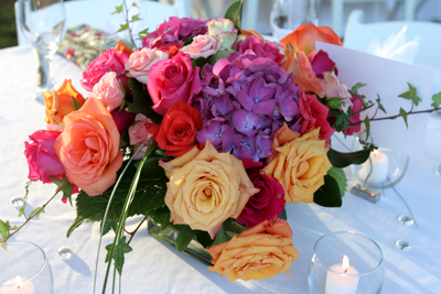 Hannah Brides Bouquet Tables And Aisle Flowers Are Bright Pink Purple Green The Wedding Planned Around Use Of Roses
