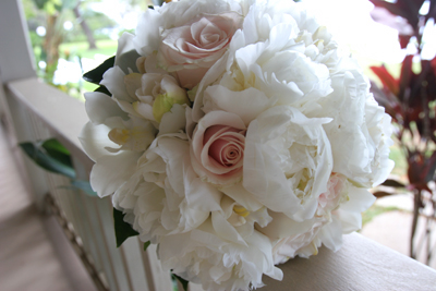 Mixed white bridal flowers