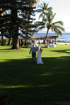 Bridal's walk with father in Maui