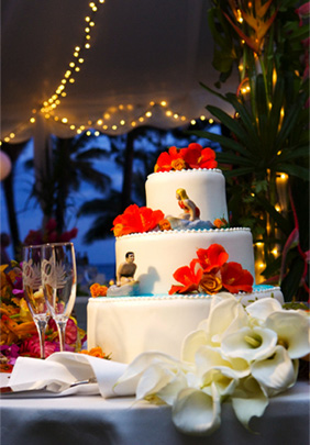 Surfer wedding cake