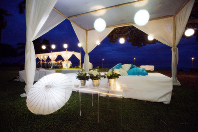 Olowalu PLantation House night canopy in blue